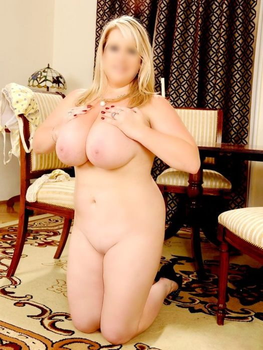 MATURE VOLUPTUOUS BLONDE GFE/PSE EAGER TO PLEASE